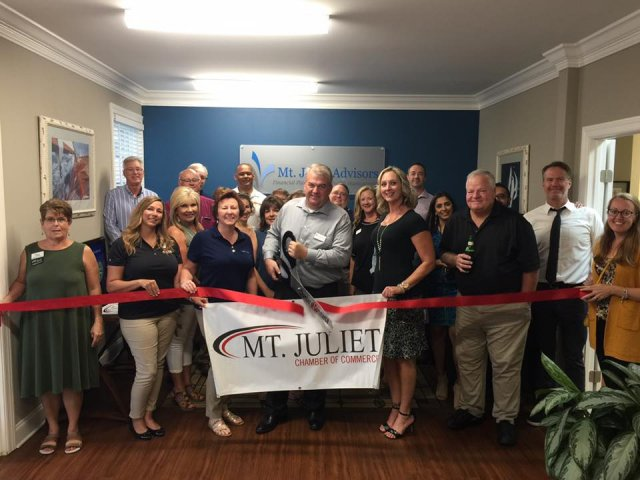 Ribbon cutting for Mt. Juliet Advisors 8/13/2019